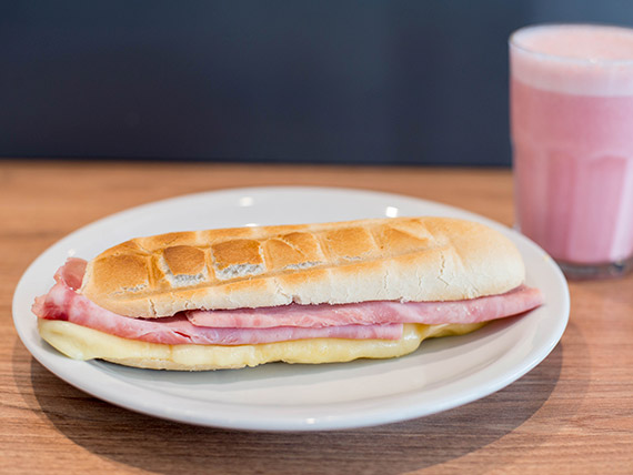 Pack VI - Sándwich + gaseosa