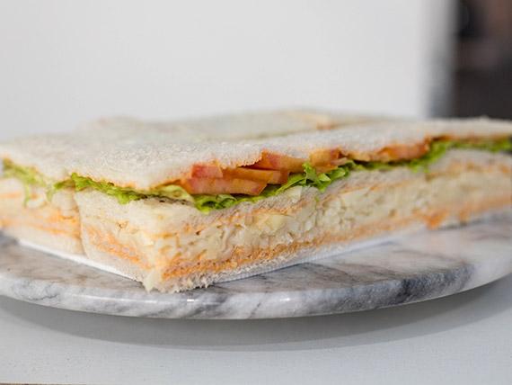 Sándwich de palmitos