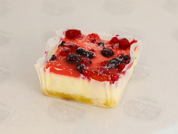 Cheesecake con frutos del bosque