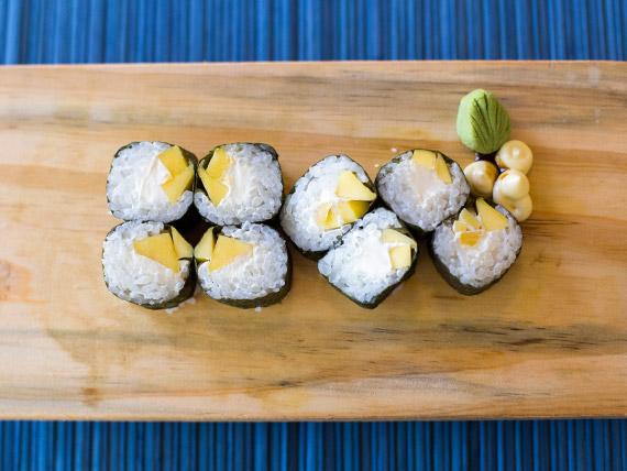 Maki tropical roll (8 piezas)