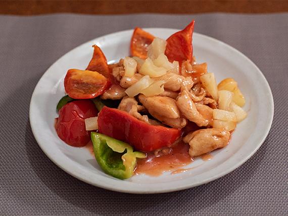 59 - Pollo salteado con ananá y salsa agridulce
