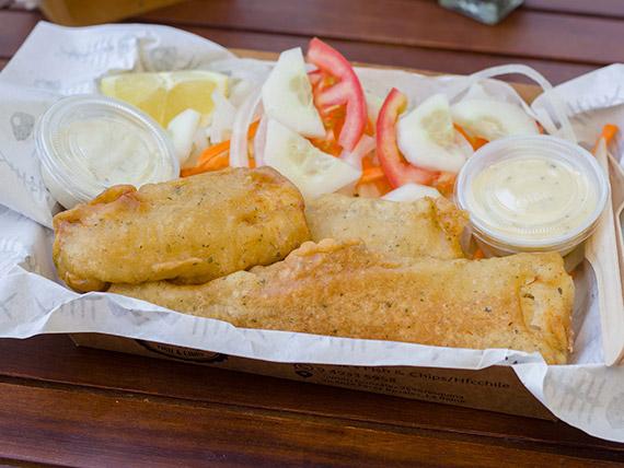 Combo 3 - Pescado a elección + guarnición a elección + 2 salsas + jugo Guallarauco 250 ml
