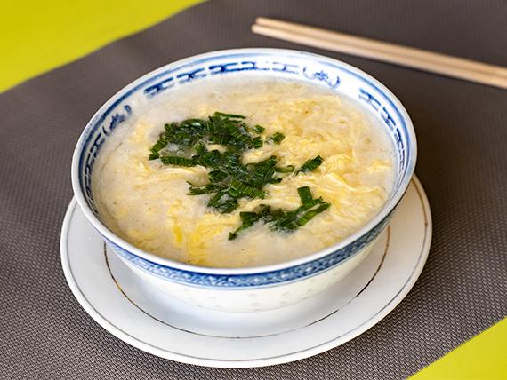 14 - Sopa con huevos revueltos