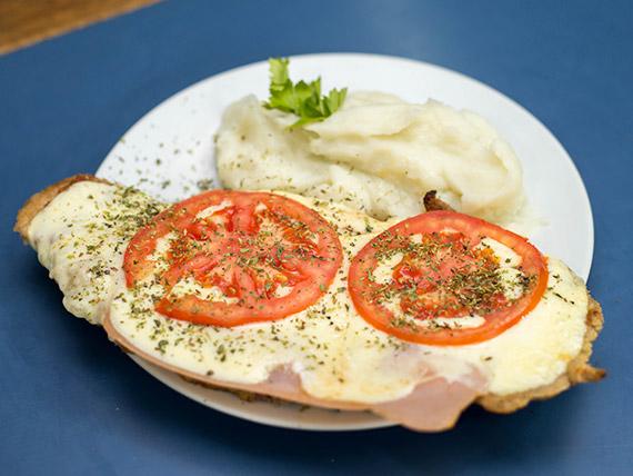 Menú - Milanesa napolitana de carne o pollo con guarnición