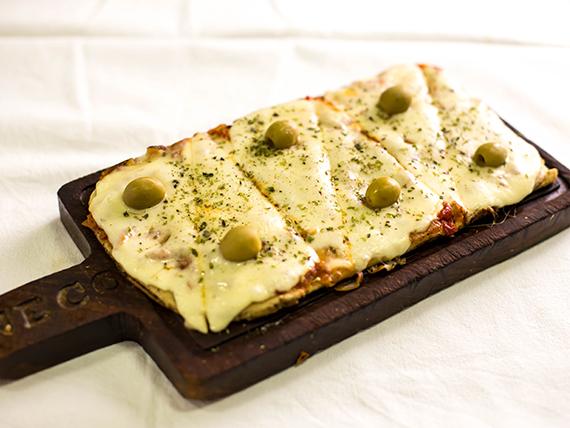 221 - Pizza con muzzarella