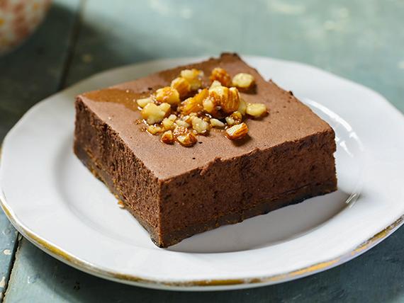 Torta mousse de chocolate belga y nueces pecán