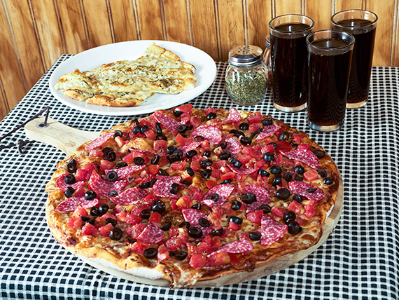 Promo n°3 -  Pizza familiar (3 ingredientes) + pan de ajo con queso + bebida 1.5 L