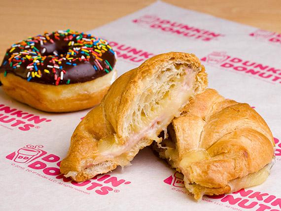 Promo - Sándwich de jamón y queso + donut + bebida 1 L