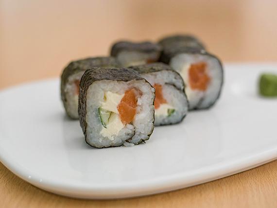 Maki Tokyo roll