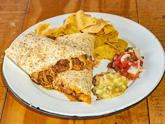Burrito Super de Cochinita Pibil + Nachos