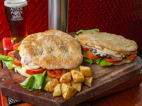 Promo 3 - 2 hamburguesas súper + papas al horno + cerveza artesanal 1 L