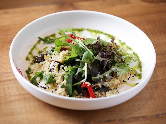 Ensalada de quinoa y vegetales