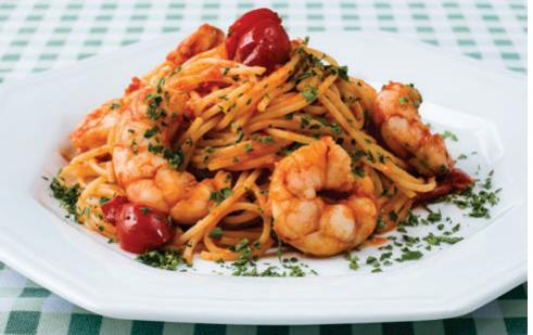 Spaghetti com camarões