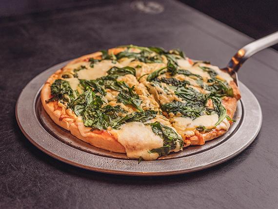 Pizza con espinaca