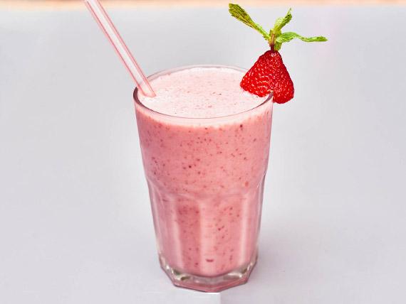 Vitamina frutas vermelhas