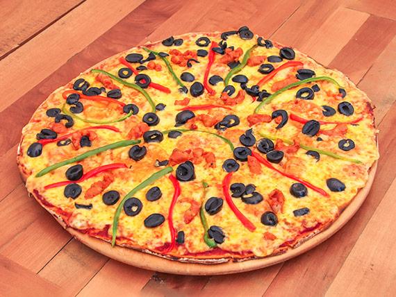 Pizza familiar española