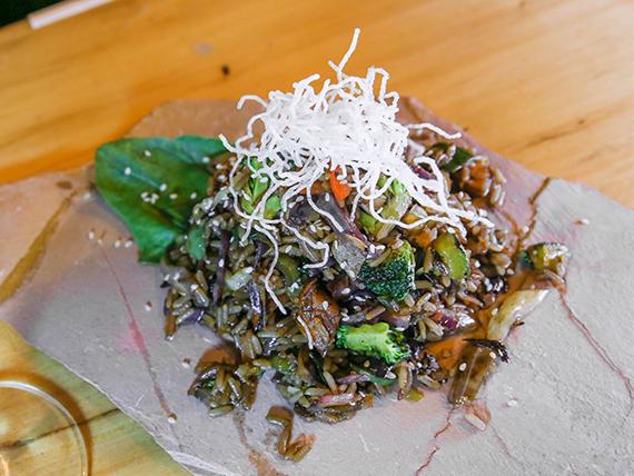 Promo - Wok veggie (1 Kg) + 7 arrolladitos primavera