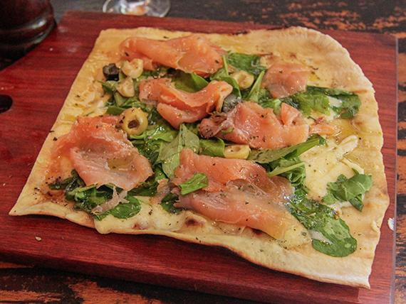 22 - Pizza con salmón ahumado
