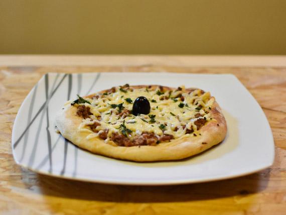 Lehmeyun  (pizza árabe)
