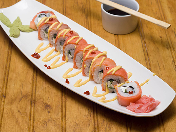 26 - Sake roll smoked salmón
