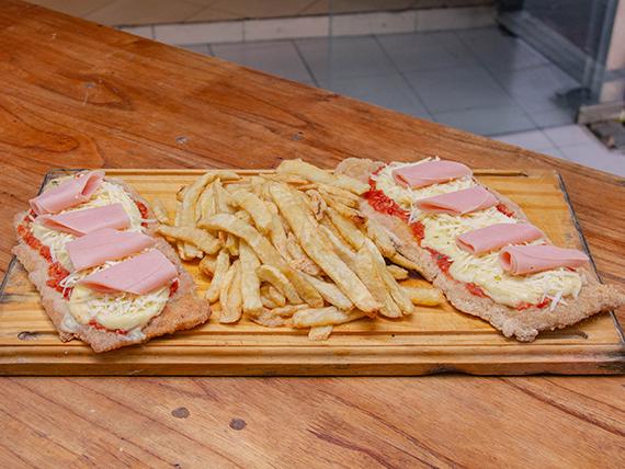 Suprema parmesana y jamón con papas fritas (para 2 personas)
