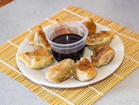 9 - Kuo Tie empanada china a la plancha (8 unidades)
