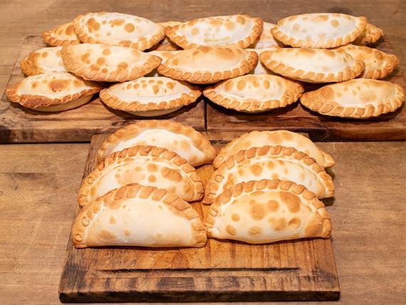 Promo 3 - 18 empanadas + 6 empanadas de regalo