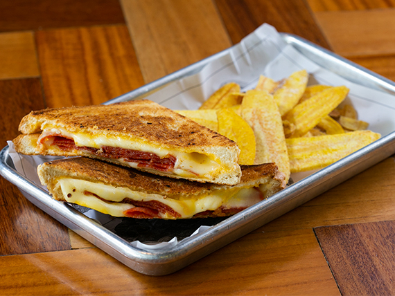 Sandwich Derretido de Pepperoni