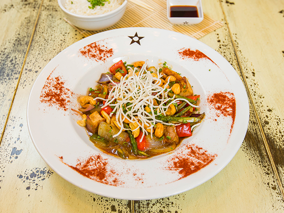 Stir Fry de Res Thai