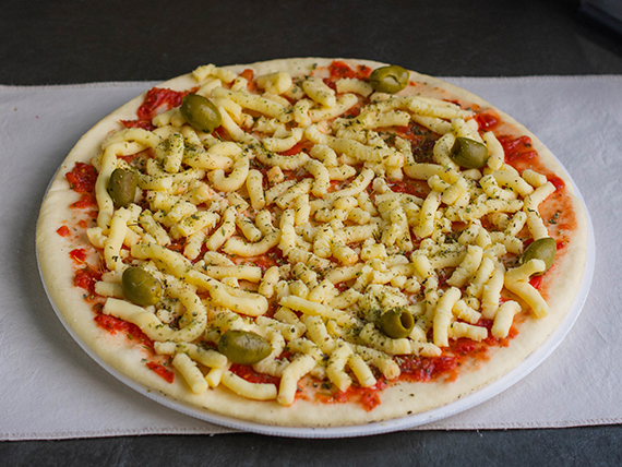3 - Pizza muzzarella con aceitunas para hornear (8 pociones)