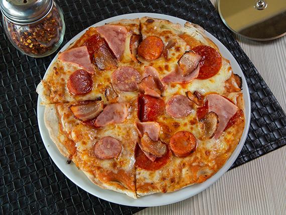 Pizza Chicho's Pizza
