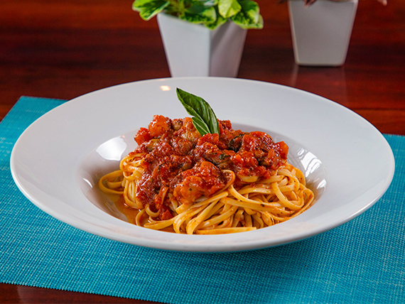 Linguini all amatriciana