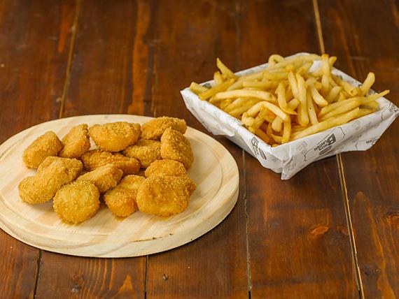 Nuggets de pollo (15 unidades) con guarnición