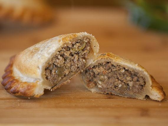 04 - Empanada carne con panceta