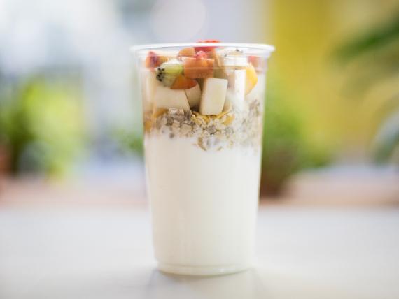 Yogurt con granola power