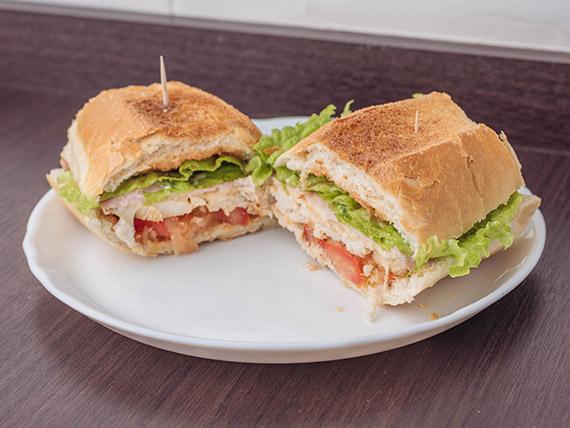 Sándwich de filet de pollo especial