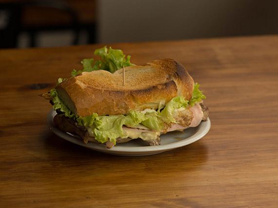 Sándwich de lomo especial
