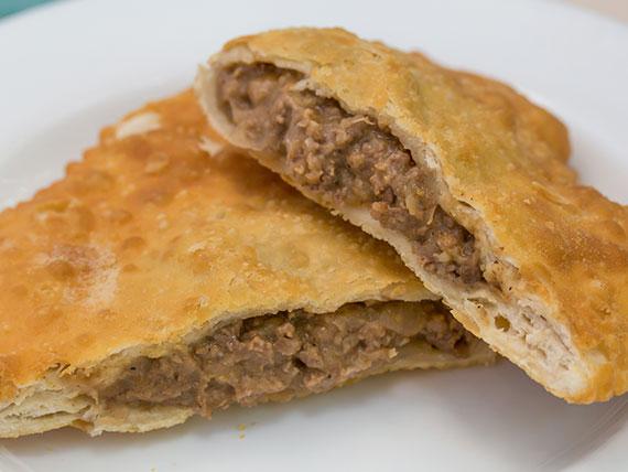 Empanada de pino frita