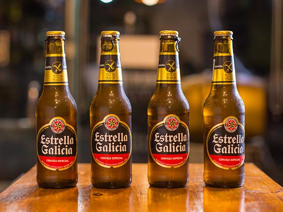 Cerveza Estrella Galicia premium lager 330 ml