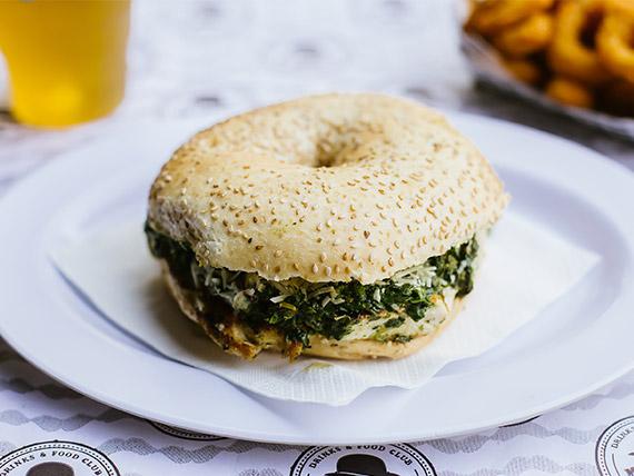 Sándwich chicken bagel