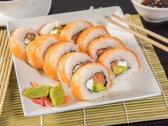 Sake roll (10 piezas)