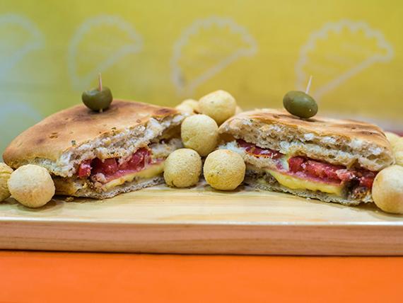Sándwich de ternera con papas noisette