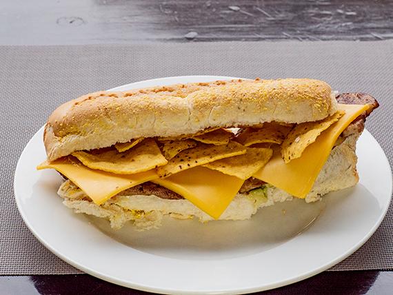 Sándwich de lomito gourmet mexicano