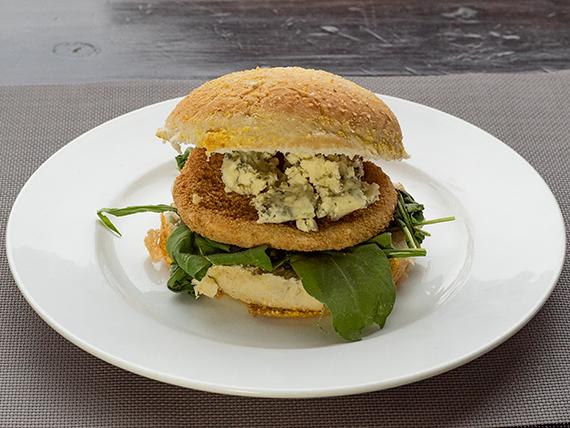 Sándwich de pollo gourmet al roquefort