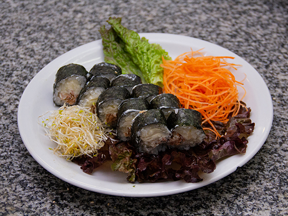 Tuna maki roll (10 piezas)