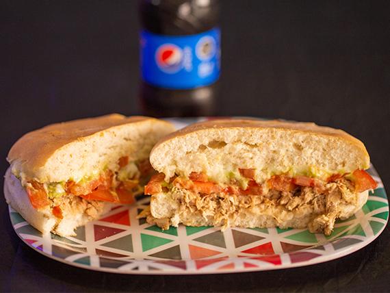 Combo 4 - 2 sándwiches de ave italiano + 2  bebidas Pepsi 330 ml