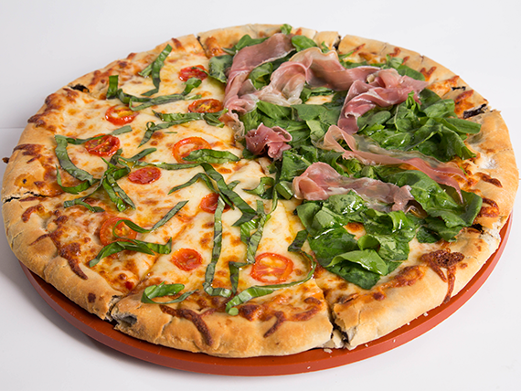Promo 1 - Pizza Punta del Este (32 cm) con borde relleno de queso + fainá o bebida