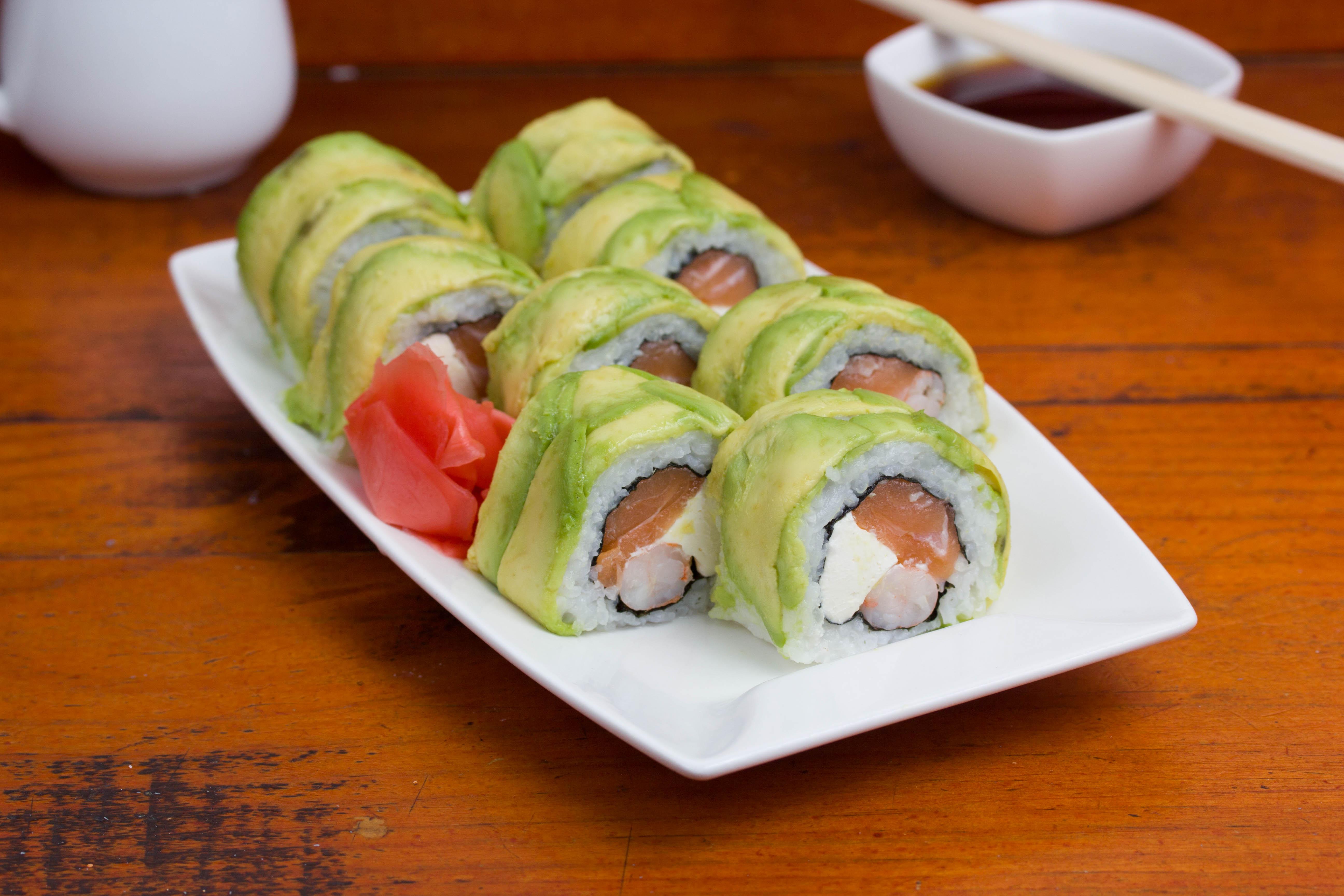 Nobu cheese roll (8 unidades)