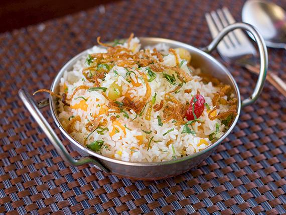 Kashmiri pulao   (vegetariano)