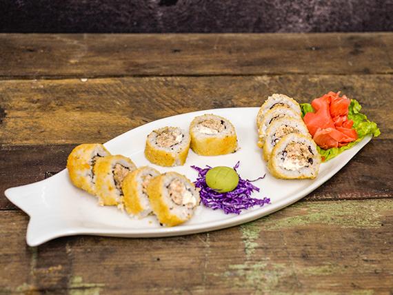 Hot roll de salmón (10 piezas)